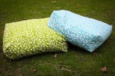 Giant floor cushions DIY   Super simple - and it only takes 2 yards of material!