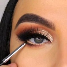 Use These Skin Care Tips For Radiant Skin - Living Dead Beauty Makeup Eye Looks, Eye Makeup Steps, Eye Makeup Art, Makeup Eyes, Grey Makeup, Cat Eye Makeup Tutorial, Sparkly Makeup, Eye Makeup Designs, Creative Eye Makeup