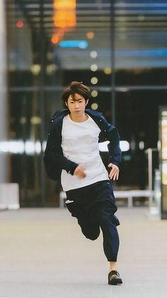 Aiba running
