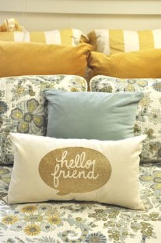 DIY Pillow with Iron on Vinyl | yourhomebasedmom.com | #diy #decor