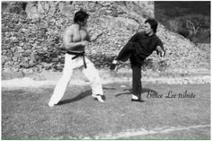 Bruce and Bolo behind the scenes of Enter the dragon