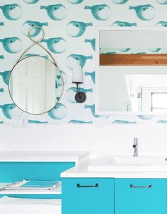 A fun children's bathroom in white and turquoise