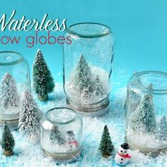 How To Make Snow Globes {DIY Christmas}