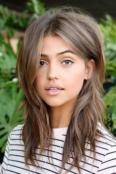 27 Medium Length Layered Hairstyles You'll Want to Try Immediately ★ Cute Hairstyles for Medium Length Hair picture 3 ★ Medium length layered hairstyles are beyond versatile and it may be difficult to pick the trendiest one on your own. But, hey, that is what we are here for! http://glaminati.com/medium-length-layered-hairstyles/