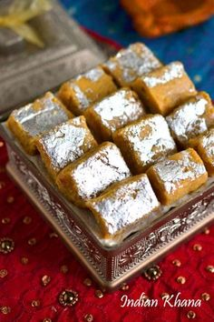 Besan Burfi or Besan Mawa Burfi is easy sweet recipe perfect for Diwali, Holi or any festival. how to make besan burfi, Besan Burfi Recipe, Indian Dessert Recipes, Indian Sweets, Indian Snacks, Sweets Recipes, Diwali Recipes, Indian Recipes, Fish Recipes, Burfi Recipe, Diwali Food