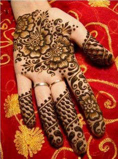 Arabic Mehandi Design 15