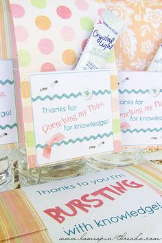 My Creative Corner! Rubber Stamping Handmade Cards Teacher gifts Primary teacher thank you with popcorn Dream Snow glass hand. Teacher Thank Yous, Student Teacher Gifts, Cute Teacher Gifts, Teacher Treats, Teacher Stuff, Craft Gifts, Diy Gifts, Best Gifts, Volunteer Gifts
