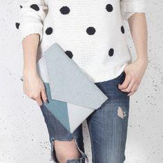Sac pochette enveloppe lettre mélange gris bleu vegan fausse laine imitation simili cuir sac à main sac à main bandoulière poche zippée mariage demoiselle d'honneur eco