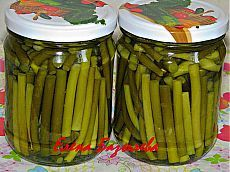 Pickling Cucumbers, Tomato Vegetable, Bread Baking, Organic Recipes, Celery, Preserves, Pickles, Food And Drink, Tasty