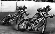 Classic Speedway Action ... Peter Collins 1975