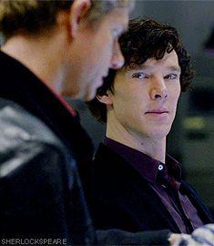 Quiero alguien que me mire como Sherlock mira a Watson...