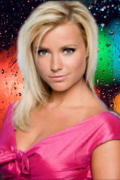 Gigi Ravelli. is een  Nederlands actrice en presentatrice. Geboren: 28 juni 1982