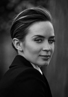 Cate Blanchett, Emily Blunt + Zhou Xun Star in IWC Portofino Ads by Peter Lindbergh Peter Lindbergh, Emily Blunt, Kreative Portraits, Cate Blanchett, Famous Faces, Beautiful Actresses, Belle Photo, Black And White Photography, Pretty People