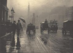 Leonard Misonne :: London, 1899 / Reframing the Victorians: The Ghost of Mud or a Poetic Veil? Fog in Victorian London Victorian London, Vintage London, Old London, Victorian Era, London Rain, Vintage Pictures, Old Pictures, Old Photos, Old Images