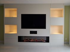 Built In Shelves Living Room, Feature Wall Living Room, Living Room Setup, Living Room Wall Units, Living Room Tv Unit Designs, Home Living Room, Built In Tv Wall Unit, Wall Units With Fireplace, Living Room Decor Fireplace