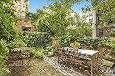 Norah Jones Is Buyer of $6.25M Eat, Pray, Love Carriage House in Cobble Hill | 6sqft