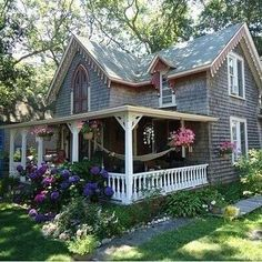 Oak Bluffs on Martha's Vineyard - such a cute cottage/gingerbread house Style Cottage, Cute Cottage, Cottage Design, Cottage Living, Cottage Homes, House Design, Cottage Porch, Cottage Exterior, Garden Design