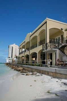 Holiday Inns Duval Ballroom, sits right on the beach, cocktail hour on balacony, awesome view for guests. http://celebrationsoftampabay.com/photographers-clearwater-beach/
