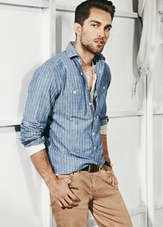 Casual look for men Rugged Style, Sharp Dressed Man, Well Dressed Men, Fashion Moda, Mens Fashion, Fashion Menswear, Stylish Men, Men Casual, Mode Man
