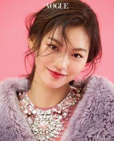 Age Of You - ④ KIM DO YEON | 보그 코리아 (Vogue Korea)