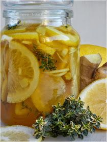 ...konyhán innen - kerten túl...: Gyömbéres-citromos méz kakukkfűvel Natural Cures, Pickles, Cantaloupe, Cucumber, The Cure, Tasty, Herbs, Baking, Fruit