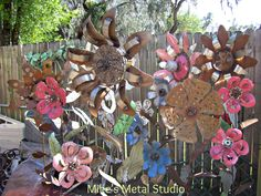 It has been a few weeks since we have done a Metal Monday. We are getting ready for 2 big Spring Art and Garden shows in April so there has ...