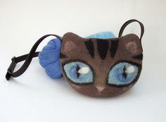 Sac chat pour enfant en laine feutrée et lanière cuir : Sacs à main par atelier-nicomy