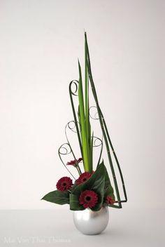 Art Floral Moderne - Art floral Ikebana, more inspiration for a miniature floral arrangement