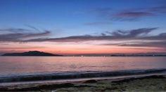 29  June 4:39 かわたれ時( 彼は誰時:dawn )の博多湾です。 Morning  at  Hakata bay in Japan