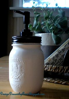 DesignDreams by Anne: Easy Peasy Mason Jar Soap Dispenser. Could use the plastic mason jar one piece lids to avoid rust. Mason Jar Projects, Mason Jar Crafts, Mason Jars, Mason Jar Soap Dispenser, Soap Dispensers, Pot Mason Diy, Pots, Ball Jars, Bottles And Jars