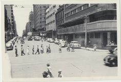 Johannesburg January 1954 Dawsons Hotel on the corner Johannesburg City, My Family History, Historical Pictures, African History, Picture Photo, South Africa, Landscape Photography, Street View, Birth