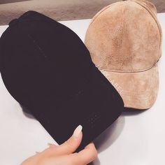fσℓℓσω мє fσя мσяє ρσρριи ριиѕ ❥ Pinterest// @ℓιи∂αχ∂σℓℓ♚❁ Head Sock, Urban Swag, Dope Hats, Bad Hair Day, Headgear, Beanie Hats, Unique Fashion, Cool Outfits, Girly Things