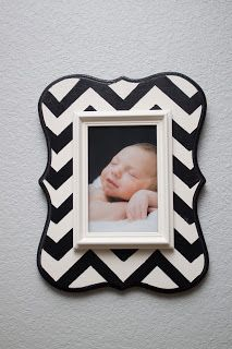 picture frame. I could do this for so cheap!
