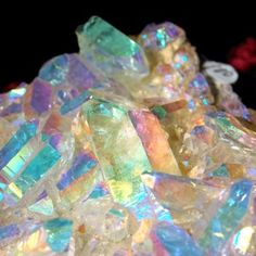 ANGEL AURA QUARTZ CRYSTAL (cluster) *an uplifting spiritual stone that invites angel guidance, deep peace during meditation, promotes joy, light & optimism. :Activate throat chakra Find ur personal purpose Channel higher knowledge Reach deeper meditative states Open awareness to the angel domain