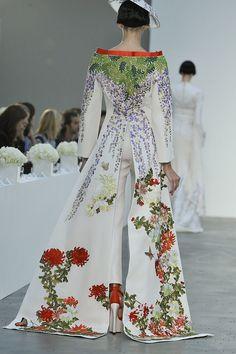 L'Wren Scott Spring 2014, Fashion Week Detail Pictures 2014 - Drool.
