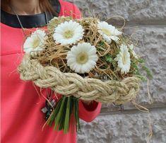 Flower Bouqet, Dried Flower Bouquet, Diy Bouquet, Floral Bouquets, Flower Art, Wedding Bouquets, Easter Flower Arrangements, Floral Arrangements, Arte Floral