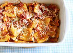Sorrentina con mozarrella y provolone Spaghetti Bolognese, Nachos, Lasagna, Macaroni And Cheese, Ethnic Recipes, Food, Drink, Salads, Recipes
