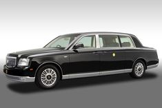 Toyota Century Royal | ^ 167° https://de.pinterest.com/yoshi1122/%E6%97%A7%E8%BB%8A/