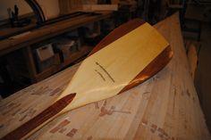 Handbuildt by maritimtdesign. Kayak Boats, Canoes, Kayaks, Wooden Canoe, Wooden Paddle, Canoe Paddles, Kayak Paddle, Boat Building, Craftsman