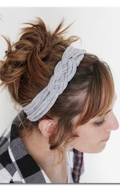 here's how to take an old tshirt and make a super-cool Knotted Headband with tshirt yarn ~ Sugar Bee Crafts