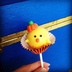 Halloween pumpkin candy corn chick cake pop