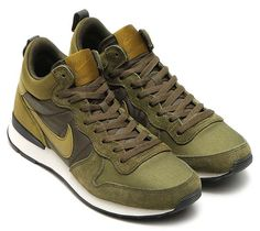 NIKE INTERNATIONALIST MID MILITIA GREEN
