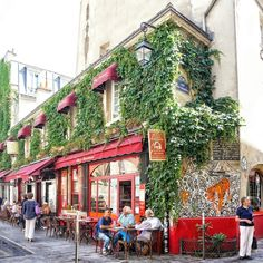 Cafes to eat at in Le Marais, Paris