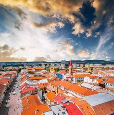 Discover the best top things to do in Košice. From St. Elizabeth's Cathedral to a strong coffee at a local café, you'll find tons to love about this authentic European city. Stuff To Do, Things To Do, Bratislava, Top Ten, Places To See, Times Square, Cathedral, Clouds, City