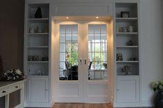 Kamer en suite met deuren van glas in lood. Specialist in kamer en suites, werken landelijk in de omgeving van Amsterdam, Rotterdam, Utrecht, Den Haag, Hilversum