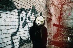wolf/mask