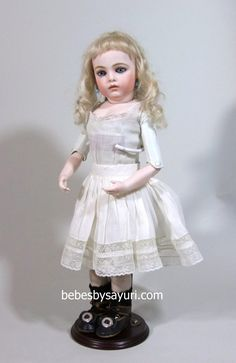Used to design antique doll dresses and accessories. Undies. 3-048