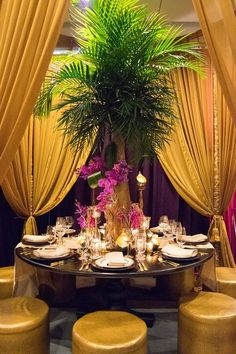 table mariage gold purple palmier