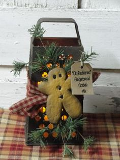 Rustic grater with resin gingerbread and wispy pine – timer candle optional – christmas decorations Primitive Christmas, Country Christmas, Christmas Home, Vintage Christmas, Christmas Holidays, Christmas Wreaths, Christmas Ornaments, Primitive Crafts, Cowboy Christmas