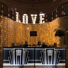 Perfect art deco bar for a Jazz age or Gatsby themed party. Gatsby Themed Party, 20s Party, Art Deco Bar, 1920s Art Deco, Ice Show, Jazz Age, Big Day, Party Themes, Night